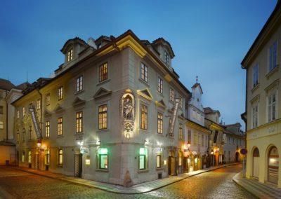 EA Residence u Bílé kuželky Prague