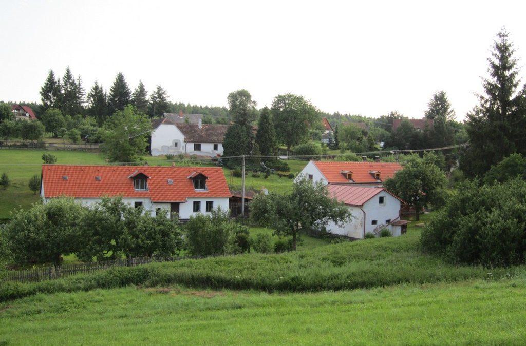 Venkovské sídlo v obci Varvažov